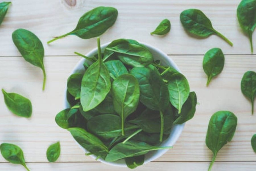 Benefits Of Raw Spinach