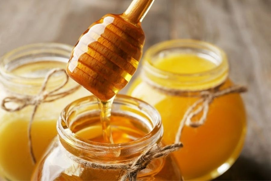 Honey Can Be Used For Dandruff