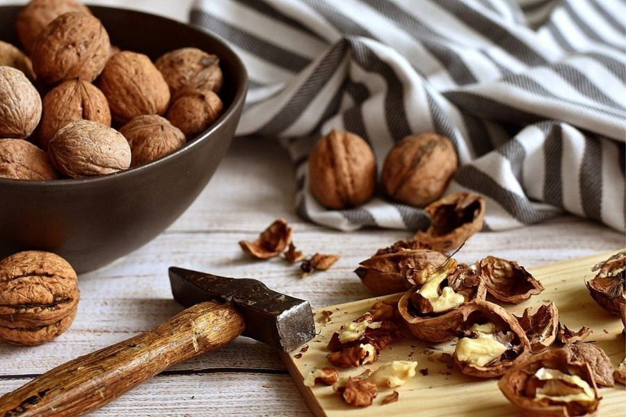 How Does Walnuts Affect Our Body?