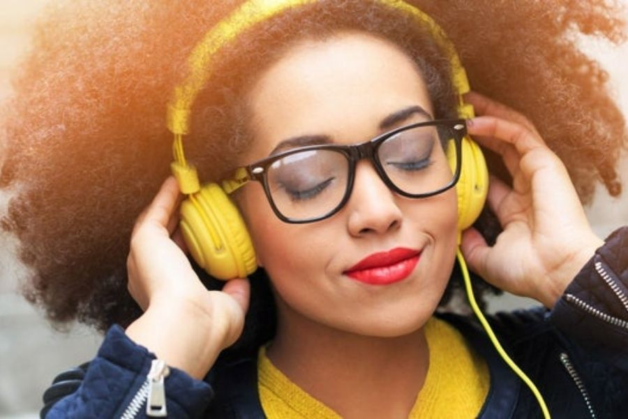 Binaural Beat Therapy Helps Relieve Anxiety